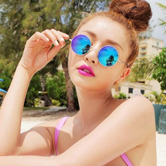 mirror chic sunglasses mirrored sunglasses round sunglasses retro vintage boho hippie fashionable tumblr blue