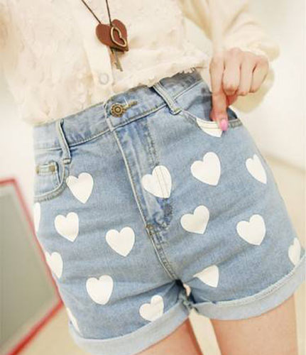 Free Shipping Sweet Love Type Printed Women Jeans Short Pants  on Luulla