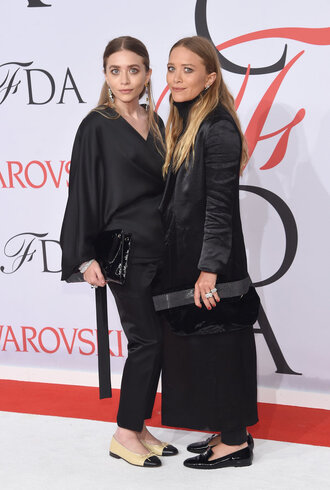 pants cfda 2015 top mary kate olsen ashley olsen olsen sisters black blouse coat