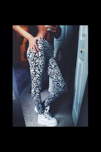 shoes black white pants white trainers aztec creepers platform shoes leggings