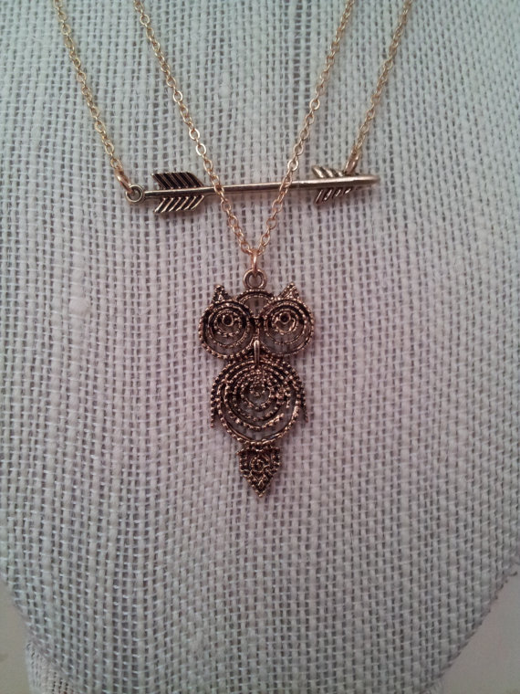 Vintage arrow owl pendant necklace. silver/gold vintage by kaejoy