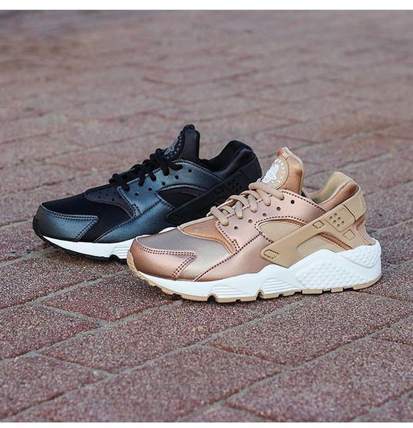 reputable site ba1f8 a42e4 shoes huarache rose gold nike shoes womens roshe runs nike shoes