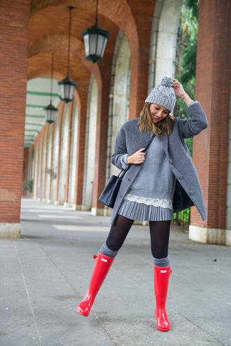 lovely pepa blogger sweater coat shoes skirt hat bag