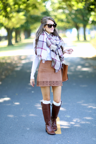 southern curls and pearls blogger skirt t-shirt scarf shoes socks sunglasses bag jewels fall outfits blanket scarf