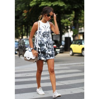 dress white sleeveless women round neck printed dress white sleeveless dress women round neck print printed dress short dress summer summer dress party dress fashion girl girly bag lovely