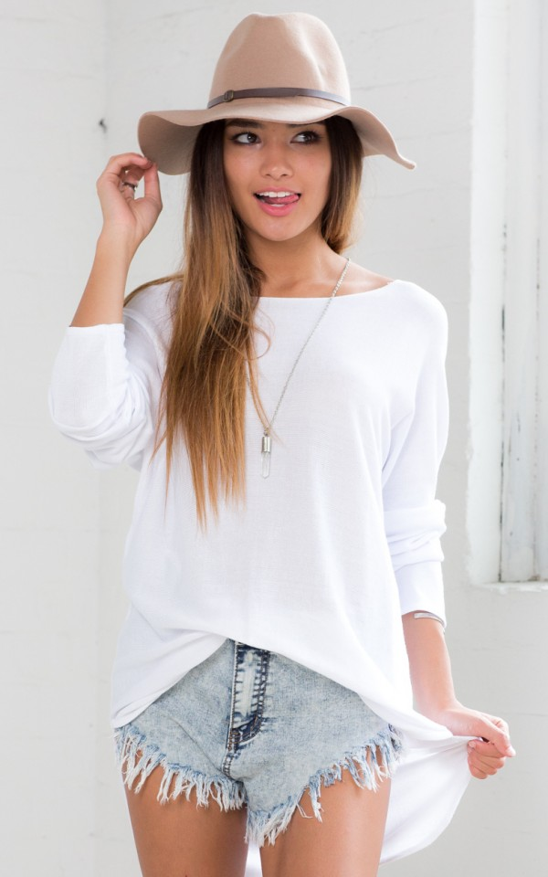 Lazy Girl top in white