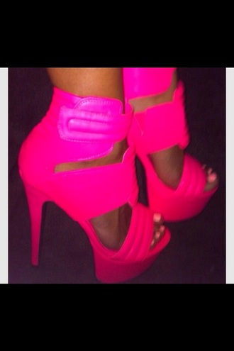 shoes pink pink shoes fashion neon neon yellow heels neon pumps neon heels neon pink high heels heels pumps style high heels