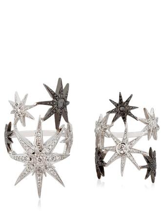 ring white black jewels