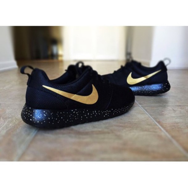 womens nike roshe run speckle red gold