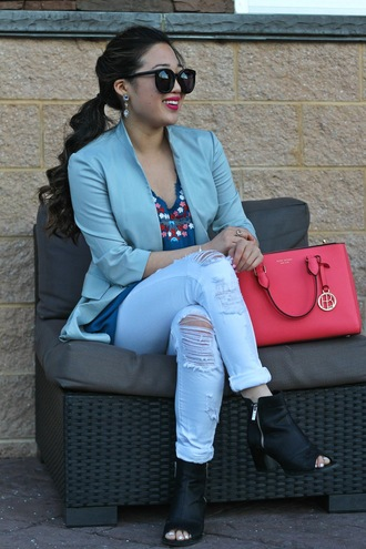 gracefullee made blogger jacket sunglasses make-up jewels ripped jeans black boots red bag blazer