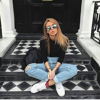 jeans tumblr tumbrl outfits love ripped jeans boyfriend jeans blue jeans high waisted jeans light blue boyfriend jeans sunglasses summer girl fashion style summer outfits tumblr outfit accessory converse blue denim shoes shirt