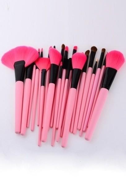 jewels make-up makeup brushes pink girly makeup palette makeup bag make up acessory girly wishlist girly girl girl pink by victorias secret