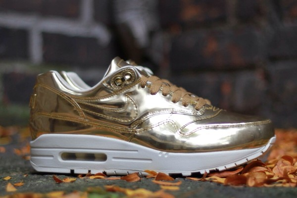 shoes nike air max 1 gold air max fashion swag