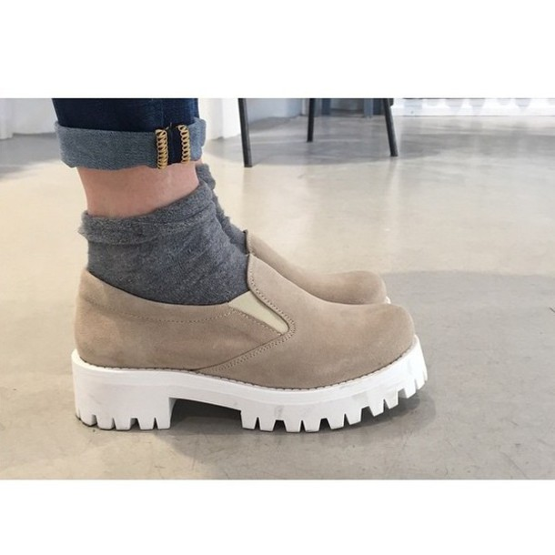 shoes suede suede shoes shoes chunky chunky sole chunky sole shoes indie cute high street trendy fashion cool chunky heels chunky soles