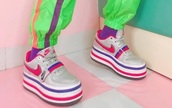 shoes,nike platform shoes,nike shoes,nike,platform shoes,platform sneakers,white