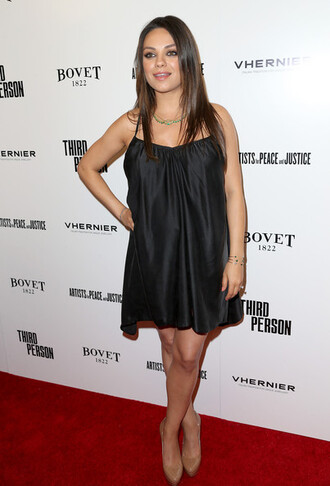 shoes mila kunis dress