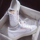 shoes,giuseppe zanotti,white sneakers,low top sneakers,white,gold,white and gold,low top,sneakers