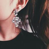 jewels,emoda,earrings,silver,statement earrings