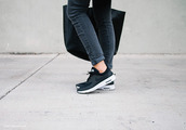 shoes,nike,nikes,black shoes,black nikes,sneakers,casual,black and white,jeans,style,fashion,sports shoes,sleek,smart,denim,streetwear,streetstyle