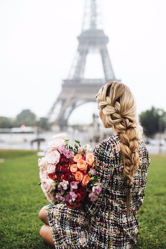 plaid pinterest barefoot blond style patterned dress romantic hairstyles long sleeve dress date outfit hair/makeup inspo