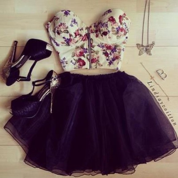 top flower t-shirt crop flowers dress tank top black pink zipper high heels skirt flowers. black. white. fashion. forever. pretty. cuye