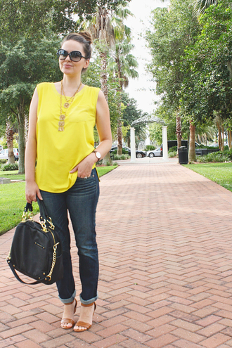 a pretty penny blouse jeans jewels bag shoes sunglasses