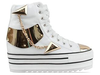 shoes gold platform shoes high top sneakers sneakers gold chain gold shoes white sneakers trainspotting dope swag platform sneakers amazing hightop boots white and gold