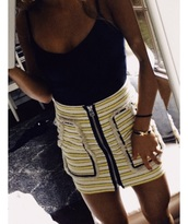 skirt,yellow,yellow skirt,pockets,zip,black and white,zipped skirt