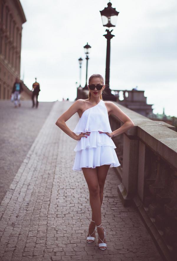 kenza dress sunglasses shoes