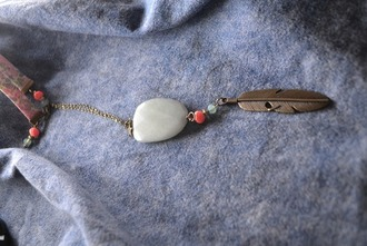 jewels necklace feather grey