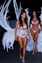 underwear,kourtney kardashian,kardashians,lingerie,lingerie set,lace lingerie,halloween costume,halloween,victoria's secret