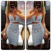 dress,two-piece,striped skirt,striped top,cropped,crop tops,crop,v neck,plunge v neck,sexy,sexy dress,party dress,stripes,black and white,party,evening dress,summer dress,ibiza dress,midi skirt,trendy,ibiza,set