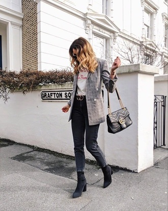 jacket plaid plaid blazer grey blazer boots black boots bag black bag blazer jeans black jeans t-shirt