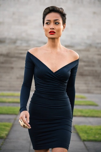 little black dress shoulders