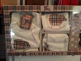 pajamas birth gift box burberry