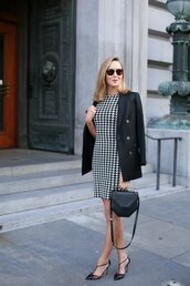 the classy cubicle,blogger,sunglasses,black and white dress,printed dress,black blazer,black heels,office outfits