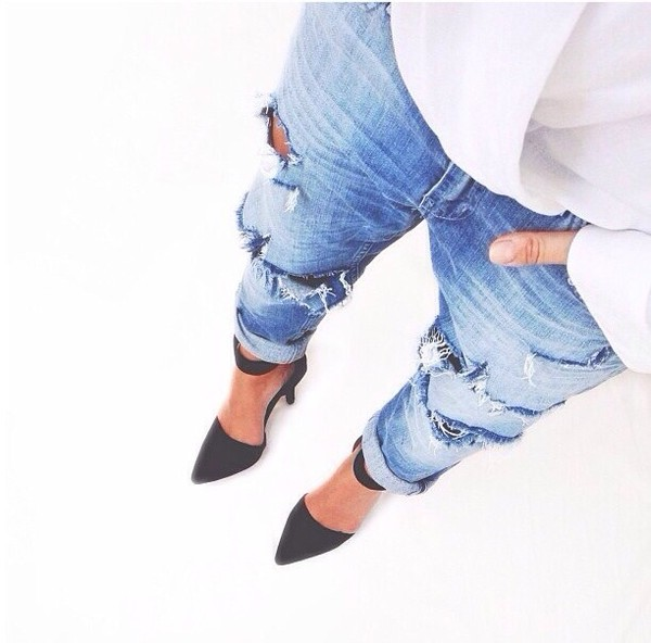 jeans blue jeans shoes black high heels destroyed boyfriend jeans denim heels undefined cropped ripped acid wash ripped jeans high heels light blue jeans