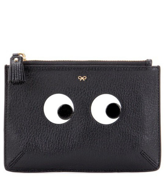 loose eyes pouch leather black bag