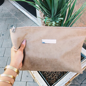 bag,maniere de voir,clutch,nude,suede,effect,pockets,plaque