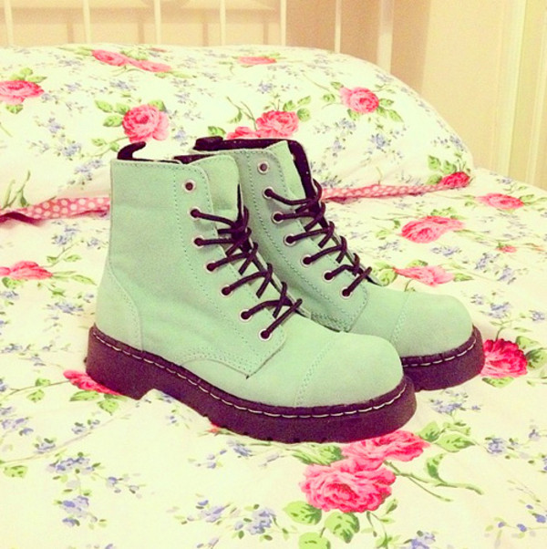 shoes love clothes style floral combat boots boots aqua laces shoes boots