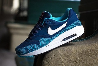 shoes nike nike shoes nike air max 1 nike sneakers blue white zebra air max nike air force perfect