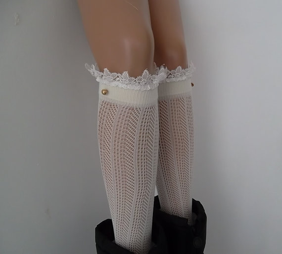 Ivory knit lace boot socks leg warmers lace by CarnavalBoutique