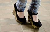 shoes,high heels,leopard print,black