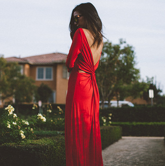 honey n silk blogger dress sunglasses jewels shoes red dress backless dress
