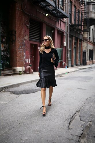 memorandum blogger sweater skirt shoes bag sunglasses sandals high heel sandals black skirt fall outfits