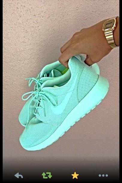 run carolina blue, nike, running shoes, workout shoes, women s nike