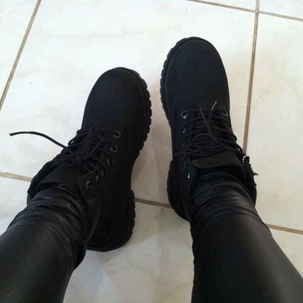 shoes black black timberlands boots