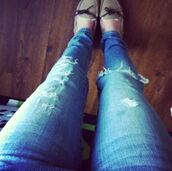 jeans,medium wash,dark wash jeans,ripped jeans,moccasins,skinny jeans,cute
