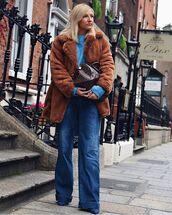 coat,faux fur coat,brown coat,blue shoes,jeans,blue sweater,louis vuitton bag,brown bag