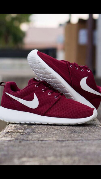 shoes nike trainers red dark red need this in my life